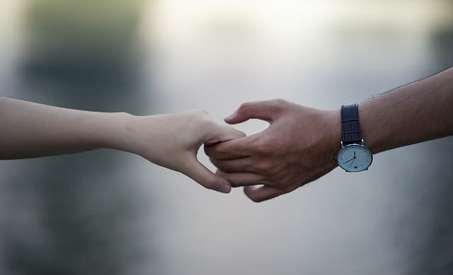 Ex reicht mir die Hand