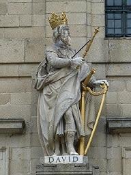 skulptur könig david